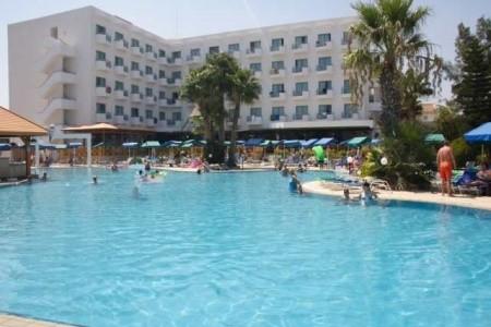 Antigoni Hotel, Kypr