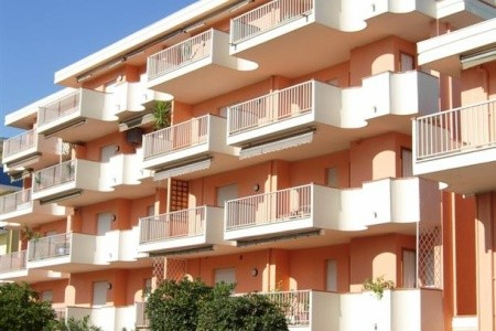 Apartmánový Dům Gabbiano, Abruzzo v srpnu