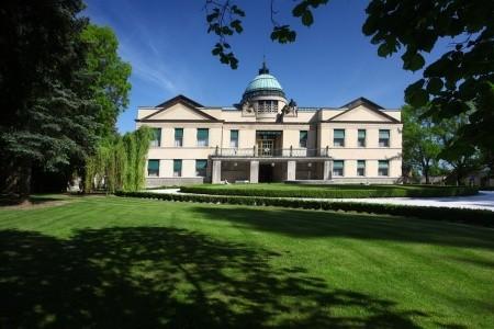Chateau Kotěra – Romantický Pobyt Na Zámku, Alexandria Střední Čechy
