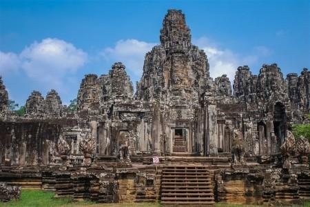 Chrámy Angkoru a pláž Sokha Beach, Kambodža