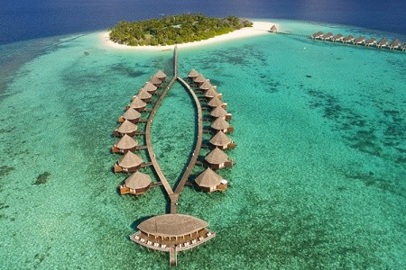 Hotel Angaga Island Resort & Spa,