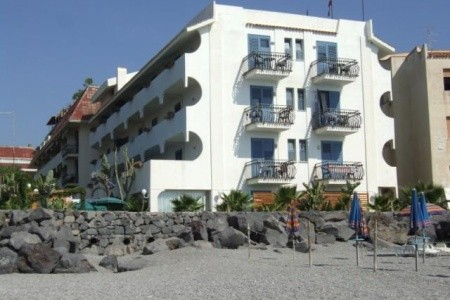 Hotel Baia Degli Dei – N, Sicílie