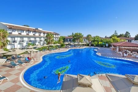 Hotel Club Nena, Antalya letecky odlet z Prahy Brna Ostravy Pardubic