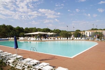 Hotel Gallura Beach Village*** – Vignola Mare, Sardinie / Sardegna