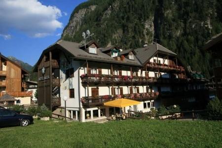 Hotel Medil Wellness & Family, Lyžování Val di Fassa e Carezza