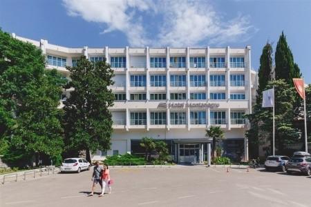 Hotel Montenegro-Beach Resort, Bečiči v červnu