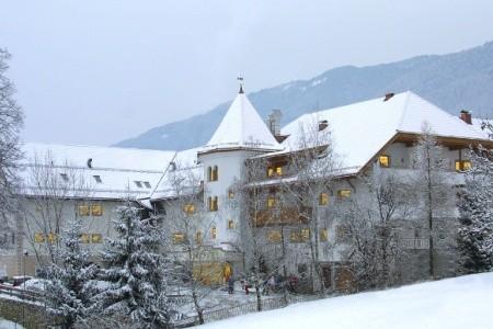 Hotel Mühlgarten S Bazénem Pig– Santo Stefano, Lyžování Dolomity Superski