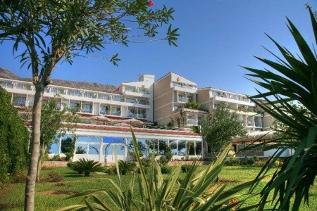 Hotel Palas, Petrovac