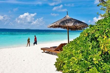 Hotel Reethi Beach Resort, Maledivy