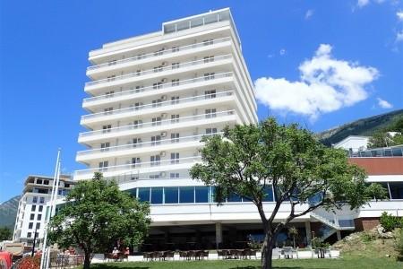 Hotel Sato, Sutomore