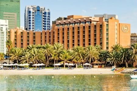 Hotel Sheraton Abu Dhabi Hotel & Resort, Abu Dhabi letecky odlet z Prahy Brna Ostravy Pardubic