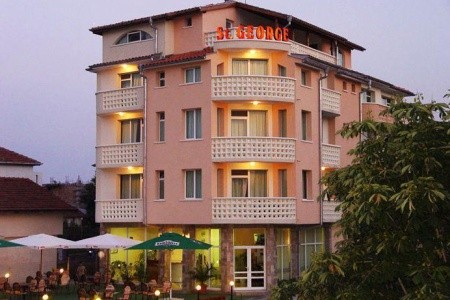 Hotel St. George, Lozenec