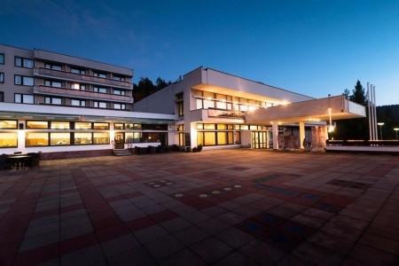 Luhačovice – Hotel Harmonie, Invia