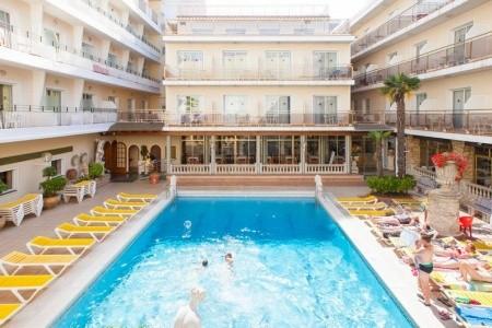 Malgrat De Mar / Hotel Ibersol Sorra D´or, Alexandria Costa del Maresme