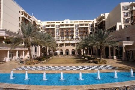 Mövenpick Resort & Residences Aqaba, Akaba