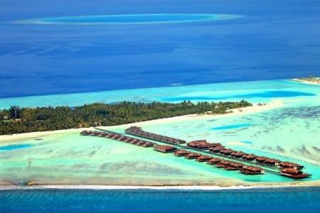 Paradise Island, Atol Ari v březnu