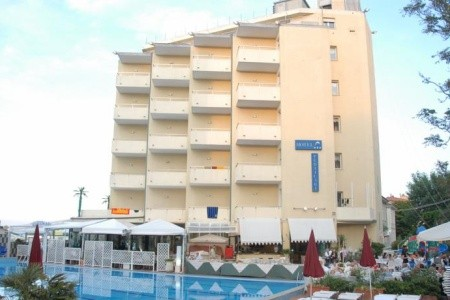 Pesaro, Hotel Perticari *** S Bazénem, Alexandria Marche