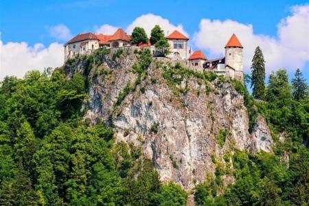 Slovinsko a Plitvické jazerá, Bled, Ljubljana, Plitvické jazerá, Plitvické jazerá, Postojnska jama, Predjamsky hrad, Triglavský národný park, Slovinský kras, Slovinsko – hory, jazerá a história, Chorvatsko