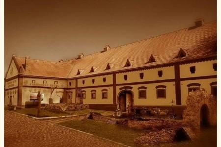 Středověký Hotel Dětenice – Měšťanský Pobyt, Český Ráj