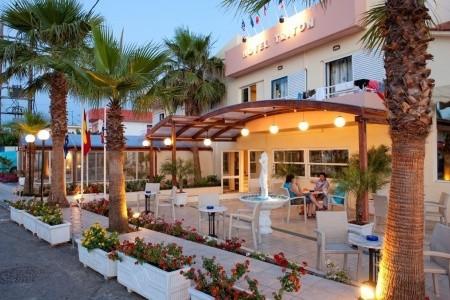 Triton Hotel,