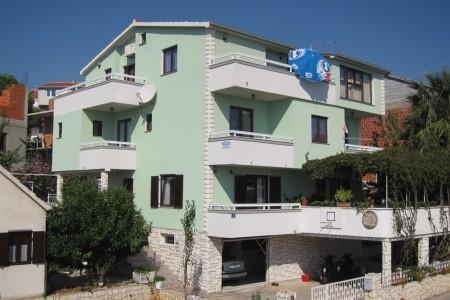 Vila Žaja, Trogir