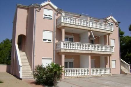 Villa Niki, Alexandria Vodice