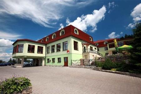 Wellness Hotel Vyhlídka – Náchod, Alexandria Východní Čechy
