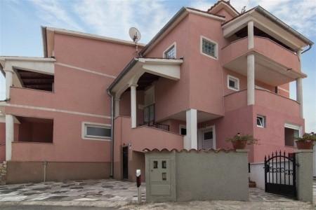 Apartments Avdi,