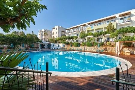 Arminda Hotel,