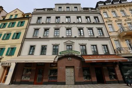 Hotel Krásná Královna,