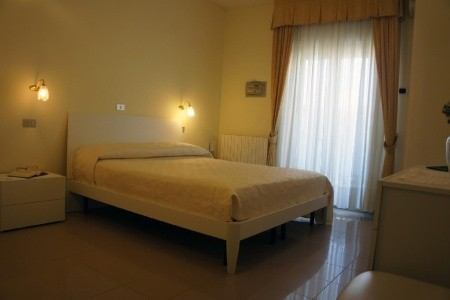 Hotel Solaris Pig- Giulianova Lido,