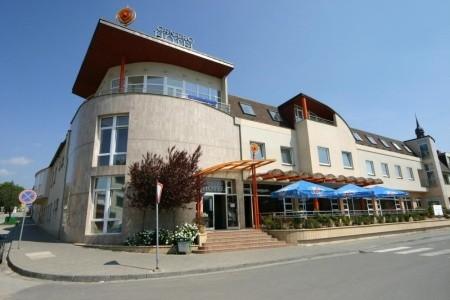 Hustopeče – Amande Wine Wellness Hotel,