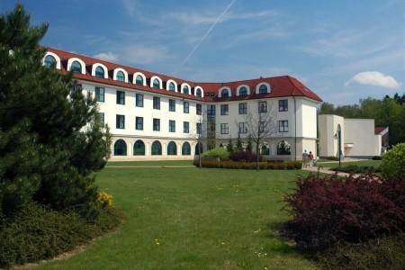 Lázeňský Dům Veselý, Východní Čechy