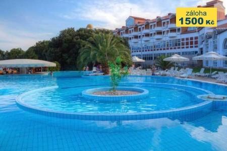 Resort Duga Uvala – Hotel,