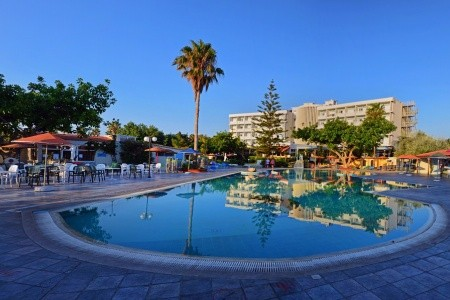 Atlantis Hotel,