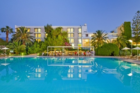 Hotel Caravia Beach & Bungalows,