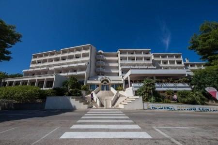 Hotel Issa, Střední Dalmácie